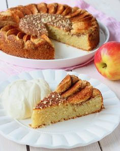 Healthy Vegan Desserts, Keto Snacks, Raw Food Recipes, Almond Cakes, Low Carb Keto, Lchf, Food Inspiration, Baked Goods, Deserts