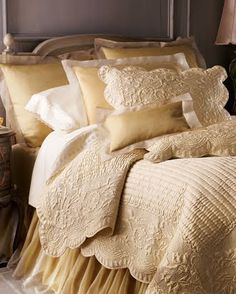 elegant and neutral bedding...Lovely!