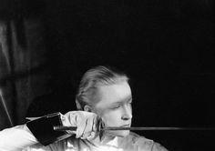 Martha Graham, The Fencer, Berlin Olympics, Short Fuse, Imogen Cunningham, Pe Class, Sword Fight, Class Schedule, Ballet