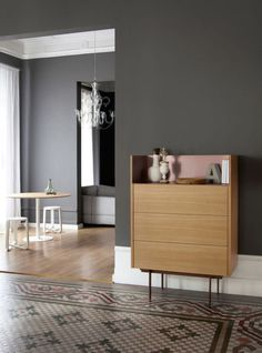 73 veces he visto estas bonitas muebles minimalistas. Chest Of Drawers Design, Drawer Design, Cabinet Design, Resource Furniture, Interior Architecture, Interior Design, Interior Paint, Deco Design, Home And Deco