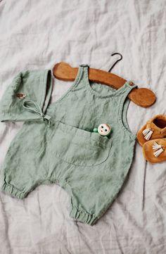Beautiful Handmade Linen Baby Romper & Bonnet | Lapetitealice on Etsy #bohobabyclothes