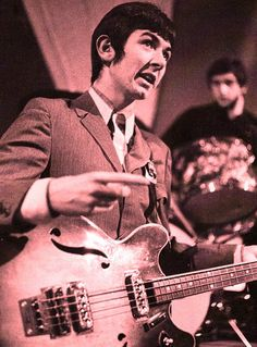 "modrules:  Ronnie ""Plonk"" Lane 60s Music, Music Icon, Kenney Jones, Ronnie Lane, Steve Marriott, Faces Band, Paul Weller, Cool Album Covers, Swinging London"