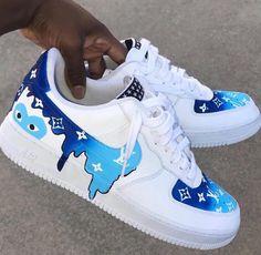 Drip Louis Vuitton X CDG Blue – louis vuitton shoes sneakers Jordan Shoes Girls, Girls Shoes, Shoes For Teens, Teen Shoes, Ladies Shoes, Zapatillas Nike Air Force, Sneakers Fashion, Fashion Shoes, Fashion Outfits