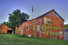 old barns in Pennsylvania   Great Old Barns / Ceresota Barn (Lehigh County, PA) Love the barns ...