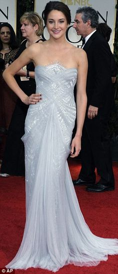 Shailene Woodley in Marchesa Spring 2012 gown at the 2012 Golden Globes, January 2012
