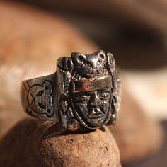Große seltene Vintage peruanischen Sterling Silber 18K Gold | Etsy Antique Rings, Vintage Rings, Mens Silver Rings, Gold Rings, Jaguar, Makers Mark, 18k Gold, Rings For Men, Etsy