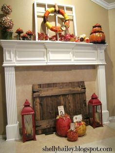 Shelly's Creations: Handmade Fireplace Cover – Faux Gate – Farmhouse Fireplace Mantels Farmhouse Fireplace Screens, Fireplace Gate, Faux Fireplace, Fireplace Remodel, Fireplace Ideas, Fireplaces, Fireplace Cover Up, Barn Wood Crafts, Handmade Home Decor
