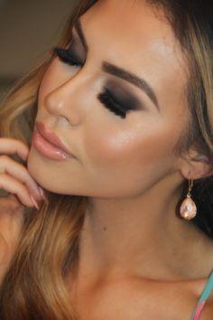 Cream Contour: Part 1 (Kissable Complexions) Makeup And Beauty Blog, Beauty Hacks, Hair Beauty, Beauty Tips, Pretty Brown Eyes, Cream Contour, Makeup Obsession, Girls Makeup, Gorgeous Makeup