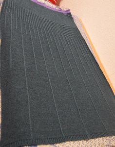 VFL.Ru это, фотохостинг без регистрации, и быстрый хостинг изображений. Crochet Skirts, Knit Skirt, Knit Dress, Foto Zoom, Knitting Machine Patterns, Crochet Shawls And Wraps, Darning, Dress Suits, Yarn Needle