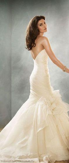 Questo è esattamente l'abito con cui vorrei sposarmi