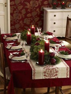 Horizontal Table Spread With Pine Tree And Maroon Candles