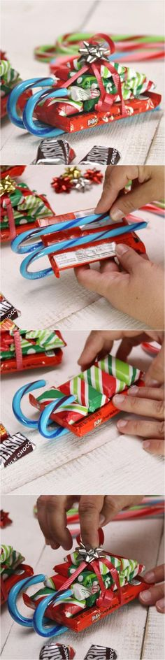 How to Make Candy Cane Sleighs with Candy Bars for Christmas! These make the best DIY Christmas gifts! Perfect for teachers, friends and family! #DiyChristmasGift #DiyChristmas