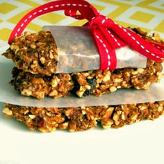 Gluten-Free Vegan Apple Granola Bars. Homemade granola bars are not only healthier, as you can control what goes in but they are very easy to make and you can add or leave out whatever you fancy. These call for a dehydrator but you can put them in a low oven although you can't call them raw anymore. This does not change the fact that they are tasty and good for you.