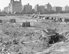 During the Great Depression people built shacks (shanties) in Central Park. This community became known as Hooverville, a reference to President Herbert Hoover. Many, many residents were WWI vets and their families. Central Park, New York City, 1930 History Photos, Us History, American History, Asian History, Strange History, Tudor History, British History, History Facts, Vintage New York