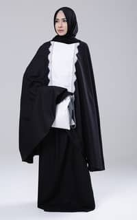 Mukena Mukaga Kartini-Black-White Islamic Prayer, Princess Costumes, Hijab Fashion, Muslim, Black And White, Clothes, Model, Dresses, Projects