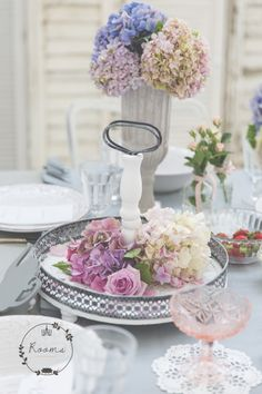 www.rooms-studio.hu Pink Quartz, Brunch Ideas, Your Photos, Amethyst, Peach, Rooms, Sky, Table Decorations, Studio
