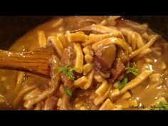 If you're looking for comfort food to the extreme you need to try this crock pot beef and noodles recipe! Amazingly simple and uber delicious it is :)
