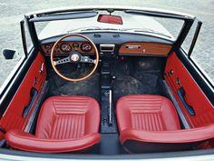 Fiat 850 Sport Spider Jubiläum Bilder technische Daten Cockpit