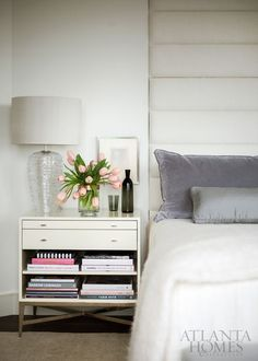 Modern home interiors and design ideas from the best in condos, penthouses and architecture. Plus the finest in home decor and products. Farmhouse Bedroom Decor, Home Bedroom, Bedroom Furniture, Home Furniture, Master Bedroom, Furniture Makers, Furniture Outlet, Farmhouse Table, Discount Furniture