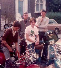 The Jam: Paul Weller and mod friends, ca 1980