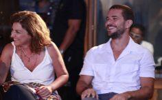 Ana Luiza Azevedo e o ator Daniel de Oliveira em momento divertido da coletiva | #DoceDeMae | TV Globo