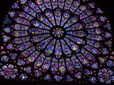 ステンドグラス ノートルダム大聖堂