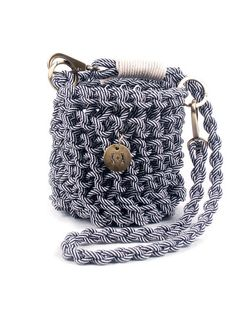 Knots and Knits | shoulder bag knit with cord