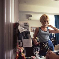 "missbrigittebardot: ""Brigitte Bardot by Douglas Kirkland, 1965 "" Bridgitte Bardot, French Girl Style, French Girls, Francoise Hardy, Serge Gainsbourg, Vintage Instagram, Film Inspiration, French Actress, 1960s Fashion"