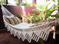 """Beautiful single hammock"", enjoy our unique color proposed for the net of the hammock : Beige. Fall in love with beautiful colors like: black, white (bage), yellow, blue, red, brown, green, turquoise..and whatever you want. ""Comes in different Styles and colors"".... Beautiful!"