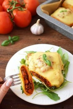Baked pancakes with minced meat and vegetables - obiady - Makaron Mexican Food Recipes, Snack Recipes, Cooking Recipes, European Dishes, Baked Pancakes, Food Porn, Food And Drink, Tasty, Favorite Recipes
