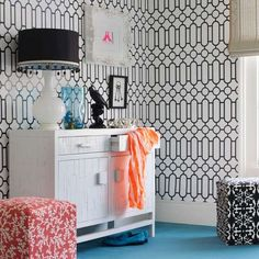 Graphic print wallpaper | Bedroom ideas for teenage girls | Decorating ideas for girls rooms | PHOTO GALLERY | Housetohome