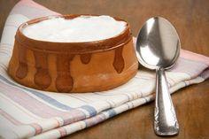 Biely jogurt je skvelý lekár: Pri akých chorobách vám pomôže?
