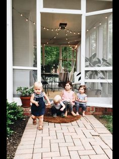 I want posts like this on our back porch.   Source: Bev Cooks
