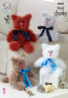 Knitted Tinsel Cats #Knitted felines #Cat lovers - King Cole