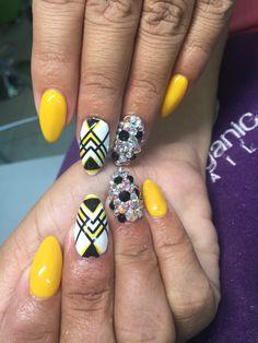 Nails yellow
