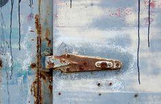 Blue-gray hinge Mantle Art, Blue Grey, Gray, Door Handles, Home Decor, Door Knobs, Decoration Home, Room Decor, Grey