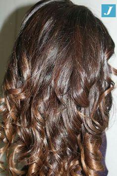 Capelli sani dalla radice alle punte è la nostra priorità #modacapellipotenza #cdj #degradejoelle  #tagliopuntearia #degradè #igers #musthave #hair #hairstyle #haircolour #longhhair #oodt #hairfaschion #madeinitaly