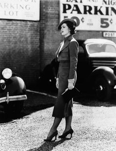 1930s Version of Woman in a Suit #30s #fashion #vintage #suit