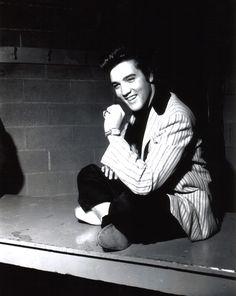 Photo of Elvis Presley for fans of Elvis Presley 41548780 Rock And Roll, Freddy Rodriguez, Elvis Presley Images, Young Elvis, Ottawa Canada, Elvis And Priscilla, Costume, Graceland, Celebs