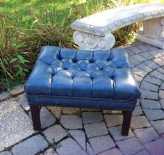 VINTAGE TUFTED LEATHER OTTOMAN COFFEE TABLE BENCH BLUE #Modern