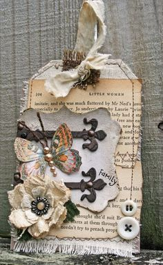 Creatively Savvy: More Fall tags!