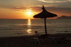 'Ruhe und Entpannung am Strand' von Tanja Riedel bei artflakes.com als Poster oder Kunstdruck $19.41
