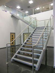 Cách chọn mẫu cầu thang inox phù hợp   PHÁT ĐẠT CHUYÊN INOX GIÁ RẺ