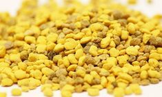 Can I collect pollen from a Flow hive? Great Recipes, Dog Food Recipes, Healthy Recipes, Healthy Food, Natural Treatments, Natural Remedies, Feeding Bees, Le Pollen, Propolis