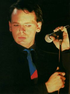 See Gary Numan pictures, photo shoots, and listen online to the latest music. Heaven 17, Gary Numan, Soft Cell, Dye My Hair, Music Icon, Pop Rocks, Latest Music, Rock Style, Electronic Music