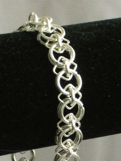 Circles and Squares Chainmaille Bracelet by #Women's Jewelry| http://awesomewomensjewelryeunice.blogspot.com