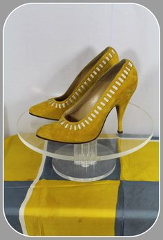 Vintage 1950s Albion Italian-Made Mustard Suede Stiletto Heel Shoes 5/5.5N from Glad Rags & Curios Exclusively on Ruby Lane