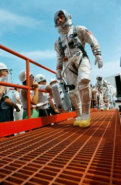Gemini X astronauts prepare to board the spacecraft for launch