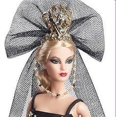 Barbie Collector   BCR03 Venetian Muse  Amazon.it  Giochi e giocattoli  Collezionista Di 907cef42729e