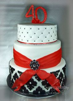 Red, black and white demask 40th cake - by curiAUSSIEtycakes @ CakesDecor.com - cake decorating website   #homedecor #home #lighting